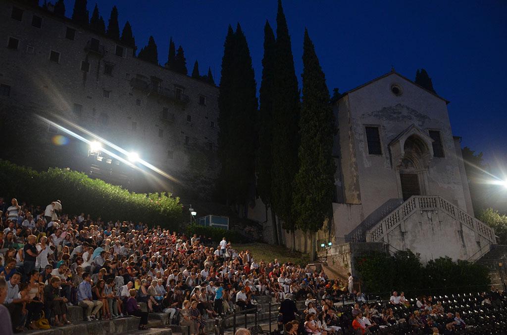 Teatroromano1